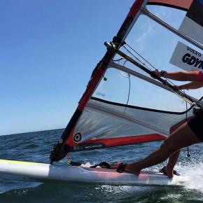 Purjelaudur Keit Järve surfas Ruhnust Saaremaale viie tunniga