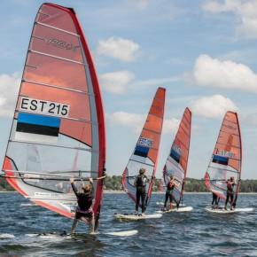 Baltic Cup-l peeti esimesed sõidud sverdiga purjelaudadele