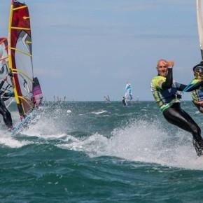 Prantsusmaal algas maailma suurim purjelauavõistlus Defi Wind
